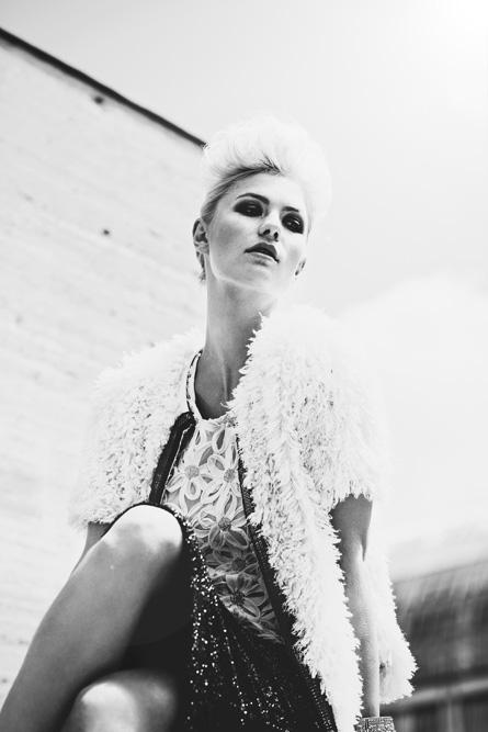 Model: Luisa S. (@ Munich Models); Visagistin: Michaela Kireta; Stylistin: Jana Wagenknecht; Photographer: Christine Polz